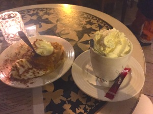Coconut Mocha and warm apple pie at Pikawa